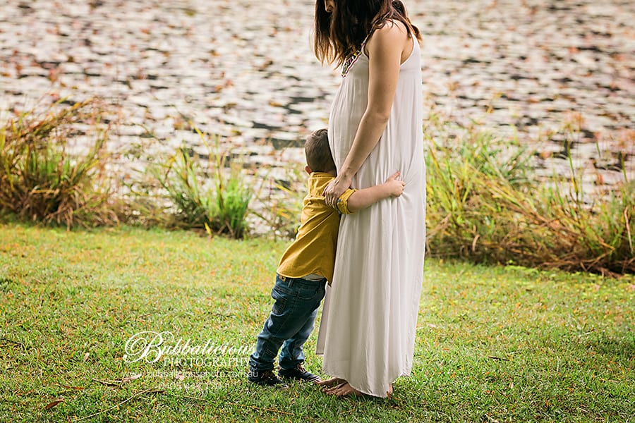 Those last moments alone with your toddler are so very precious before the new baby comes - Sunshine Coast Gympie Maternity Photographer